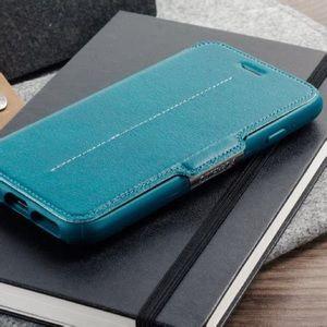 iPhone 6/7/8 Otterbox Strada Folio Case in Teal
